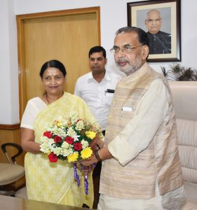 Union Minister for Agriculture and Farmers Welfare Radha Mohan Singh greeting the new MoS Krishna Raj