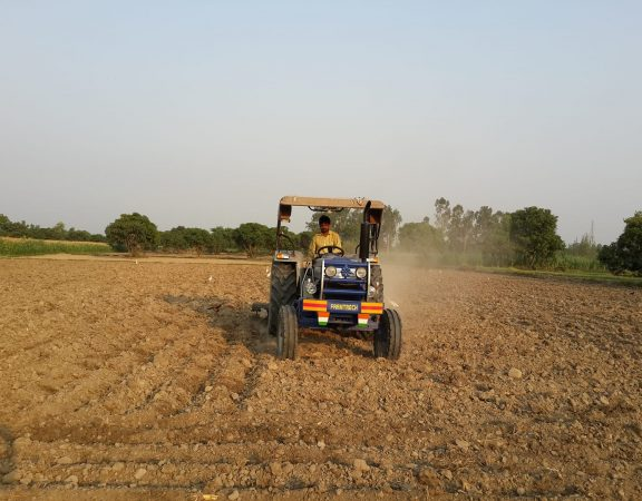 Farmer ploughing his field using tractor.  (Photo: Nirmesh Singh/ANN)